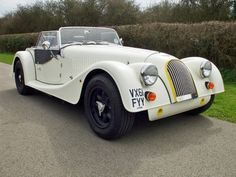 Morgan +4 SuperSports: Superb handling - perhaps the best driver's car ever made by Morgan!