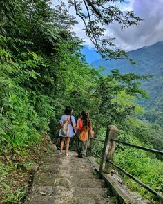 Sejal Kumar, Travel Pose, Walking In Nature, Picture Ideas, Candid, Adventure Travel, Photography Ideas, Random Stuff, Traveling