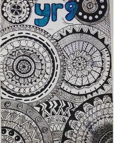 ⚪️⚫️||madala|doodles|zentangle| hand drawn by me|