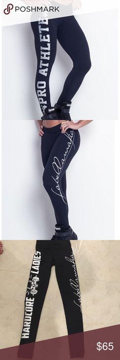 """LA BELLA MAFIA LEGGINGS Beautiful black leggings from la Bella Mafia gently used, in Exellent condition !!! Inseam 28"""" LA BELLA MAFIA Pants Leggings"""