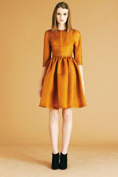 jonathan saunders pre-fall 2012  http://www.vogue.com/collections/pre-fall-2012/mjsaunders/review/