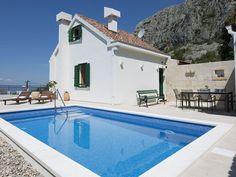 Ferienhaus Mely Mit Pool,Terrasse,Grillplatz, Mitten Im Naturpark An Der  Makarska: