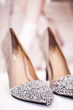 Sparkly shoes   #wedding #weddingshoes