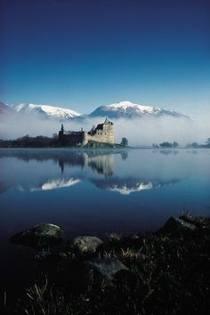 Kilchurn Castle in Scotland - Kilchurn Castle is a ruined and century structure on a rocky peninsula at the northeastern end of Loch Awe, in Argyll and Bute, Scotland. Scotland Castles, Scottish Castles, Oh The Places You'll Go, Places To Travel, Places To Visit, Beautiful Castles, Beautiful Places, Magic Places, Image Nature