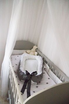 saraamagnusson.blogg.se - DIY, babynest Baby Girl Bassinet, Baby Barn, Chloe, Girl House, Second Baby, Baby Crafts, Diy Baby, Future Baby, Kids And Parenting