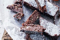 [New] The 10 Best Recipe Ideas Today (with Pictures) - Raw Nutella bars are as delicious as they are healthy making them the perfect mid-afternoon guilty-free treat. Almond Recipes, Raw Food Recipes, Dessert Recipes, Superfood Recipes, Sweet Recipes, Healthy Recipes, Small Food Processor, Food Processor Recipes, Nutella Bar