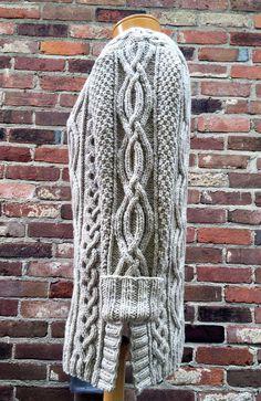 Celtic Grace pattern by Cheryl Beckerich - Maglieria Free Aran Knitting Patterns, Knit Patterns, Stitch Patterns, Designer Knitting Patterns, Vogue Knitting, Knit Jacket, Cable Knit Sweaters, Pulls, Knitting Projects
