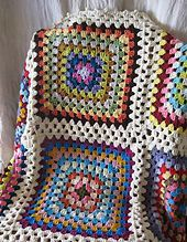 Ravelry: Vintage Look Giant Granny Square Blanket pattern by Christine Bueno