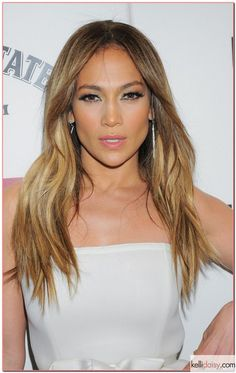Love JLo's Hair always!  Love the colors , I hope my hair stylist can accomplish the same results :)