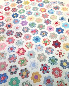 Hexagon Flowers www.bloominginchintz.blogspot.com