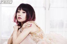 電撃ホビーウェブ @hobby_magazine  11月26日 【劇場版『ソードアート・オンライン』】主題歌はLiSAの新曲「Catch the Moment」に決定!全国5都市で映画の先行試写会も!! http://hobby.dengeki.com/news/298348/  #SAO #sao_anime #映画 #LiSA