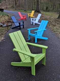 Adirondack Chair Modern Style Made from Poly Lumber Diy Outdoor Furniture, Pallet Furniture, Garden Furniture, Outdoor Decor, Wooden Outdoor Chairs, Design Furniture, Plywood Furniture, Furniture Sale, Discount Furniture