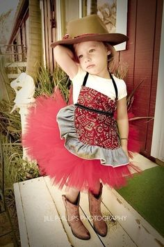 I think this is the most adorable idea for a little girls western outfit!! This one is actualy for a flower girl!! CUTE!!!