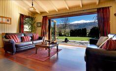 Bear's Den Bed & Breakfast - Queenstown/Arrowtown, New Zealand