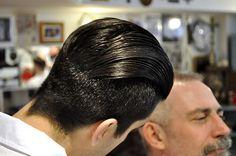 Slick Hairstyles, Classic Hairstyles, Male Hairstyles, Hair Gel, Men's Hair, Modern Pompadour, Glossy Hair, Hair Pomade, Slicked Back Hair