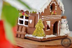 Uroczy domek z piernika; przepis na ciasto, szablon i instrukcja wykonania.