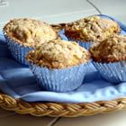 Pumpkin Apple Streusel Muffins--I made these muffins for brunch this morning and they were a big hit with my family! I used a little less than 1 tbsp pumpkin spice and added toasted walnuts to the streusel topping. Zucchini Muffins, Muffins Blueberry, Streusel Muffins, Apple Streusel, Streusel Topping, Apple Muffins, Almond Muffins, Healthy Muffins, Just Desserts