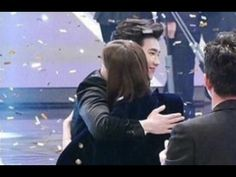 Lee Jong Suk & Han Hyo Joo ~ Sweet Hug at MBC Drama Awards 2016   Honey Couple  - 이종석 , 한효주, Honey Couple, w Two worlds, w drama