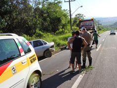 BLOG DO MARKINHOS: Capotamento de veículo na Rodovia PRC 466 em Manoe...