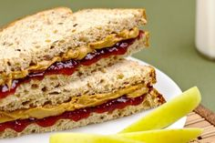Try this Clean Eating Nut Butter and Jam Sandwich.   #healthypeanutbutterandjelly #cleaneatingpeanutbutter