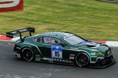 Bentley Continental GT3 - fast and promising giant on the track