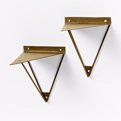 West Elm prism Brackets have geometric supports that change shape from different angles. Bookcase Shelves, Wood Shelves, Display Shelves, Floating Shelves, Metal Furniture, Furniture Design, Wall Shelf Brackets, Diy Regal, Shelf Supports