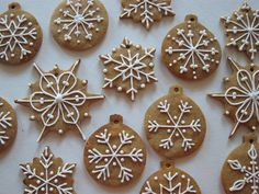 Decoration ideas for gingerbread cookies