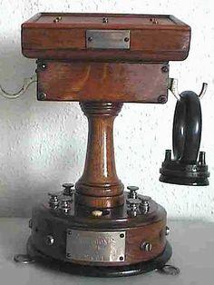 Téléphone ADER type 4 de la SGT vers 1885, fabriqué à partir de 1879