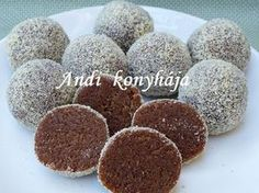 Puncsgolyó - Andi konyhája - Sütemény és ételreceptek képekkel Sweet Recipes, Dog Food Recipes, Cooking Recipes, Hungarian Recipes, Croatian Recipes, No Bake Desserts, Dessert Recipes, Healthy Freezer Meals, Xmas Dinner