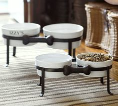 Just saw this today in the Pottery Barn store, might have to change out my old bowls for Fitch