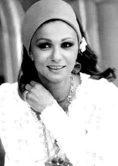 Farah Diba http://www.pinterest.com/artapouladi/iranian-royal-family/