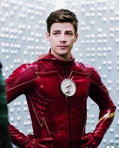 Part of me wishes flash ends up with killerfrost haha #TheFlash