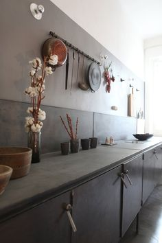 vintage industrial kitchen by Pietro Russo Dining Room Design, Room Interior, Interior Design Living Room, Apartment Interior, Interior Paint, New Kitchen, Kitchen Dining, Kitchen Decor, Dining Rooms