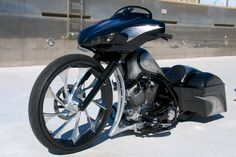 Custom Built Motorcycles : Other Thug Manufactured Custom Built Bagger / Harley / Street Glide / Road Glide