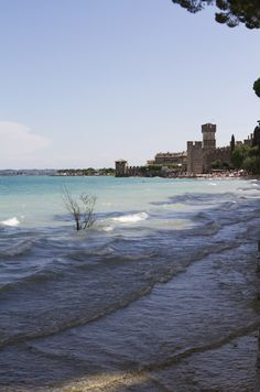 If you travel to Lake Garda, sooner or later someone will suggest you visit the historic city of Sirmione. Honeymoon Spots, Honeymoon Planning, Sirmione Lake Garda, Lake Garda Italy, Lovers Photos, Italian Lakes, Regions Of Italy, Italy Italy, Italy Travel