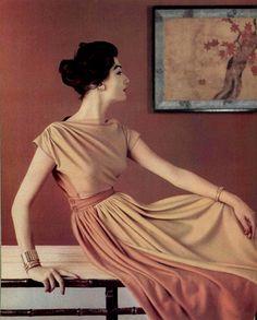1957 Madame Gres