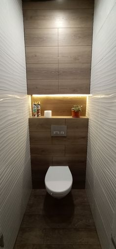 Toilet Room Decor, Small Toilet Room, Washroom Design, Bathroom Design Luxury, Simple Bathroom Designs, Modern Bathroom Design, Minimalist Small Bathrooms, Small Toilet Design, Wc Design