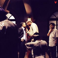 Behind the scene still of Director Sudhir Mishra and Rahul Bose from Chameli.