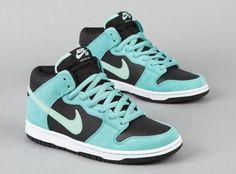 Nike SB Dunk Mid - Medium Mint / Sea Crystal