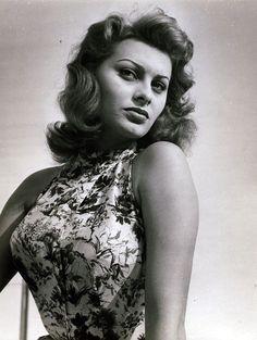 Photo of Sophia Loren for fans of Sophia Loren 21118215 Old Hollywood Actresses, Old Hollywood Stars, Hollywood Actor, Golden Age Of Hollywood, Hollywood Glamour, Gina Lollobrigida, Veronica Lake, Brigitte Bardot, Beautiful Celebrities