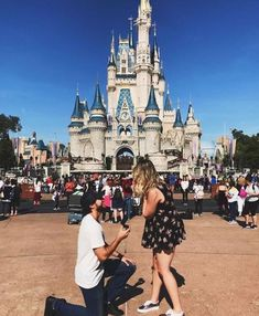 Best Ideas For Unforgettable And Romantic Marriage Proposal ★ marriage proposal disneyland back to childhood proposal Disney Engagement, Romantic Proposal, Romantic Weddings, Proposal Ideas, Perfect Proposal, Proposal Pictures, Wedding Proposals, Marriage Proposals, Disneyland Proposal