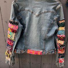 Items similar to jean jacket hippie boho embellished colorful denim jean jacket on Etsy Boho Gypsy, Boho Hippie, Jean Hippie, Blue Jeans, Denim Jeans, Blue Denim, Jean Outfits, Cool Outfits, Painted Clothes