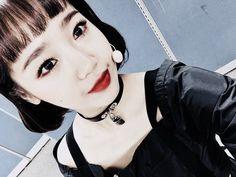 Choi Yoojung, Girl Group, Chokers, Pop, Twitter, Girls, Toddler Girls, Popular, Pop Music