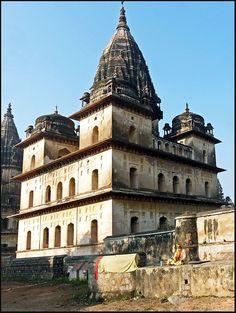 Cenotaphs - I - Orchha, Madhya Pradesh