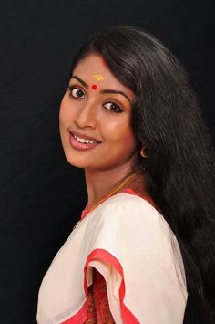 navya nair marriage video