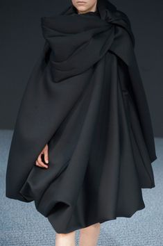 Viktor & Rolf Fall 2013 - Details - similar to my layering of pleats idea across the shoulder