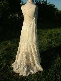 Wedding Dress vintage inspired art by RetroVintageWeddings Alternative Wedding Dresses, Antique Lace, Lace Flowers, 1920s, Bridal Gowns, Vintage Inspired, Vintage Ladies, Wedding Veils, Dress Ideas