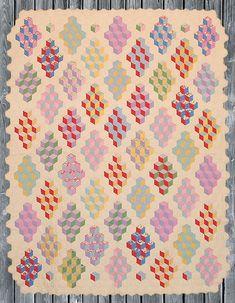 VintageTumbling-Blocks-Quilt