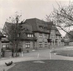 Marechausseekazerne van de brigade Breda. Dr.Batenburglaan 180 Breda.