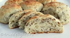 Bread with yogurt and seeds Pastry And Bakery, Scones, Food Art, Banana Bread, Yogurt, Seeds, Food And Drink, Yummy Food, Dishes